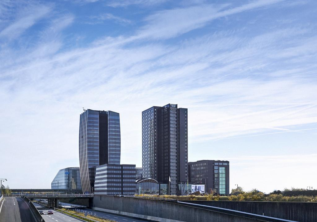 crowne-plaza-copenhagen-towers-1